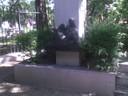 statua rubata viale Storchi
