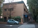 città e architetture INA-CASA Viale Storchi Vista attuale dell'infilata di pensiline.JPG