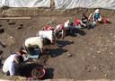 Studenti e archeologi al lavoro sullo scavo di Baggiovara 2013