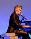 Morgan al piano.jpg