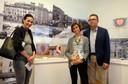 Da destra a sinistra l'assessore alla Cultura Gianpietro Cavazza, la direttrice dei Musei civici Francesca Piccinini e Cristina Stefani del Museo civico d'arte