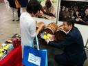 Expo turismo Tokyo, spiegazione di batteria per il balsamico tradizionale.jpg