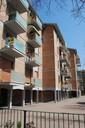 2 - Quartiere INA-CASA Sant'Agnese vista di uno dei corpi in linea.jpg