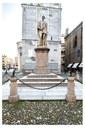 monumento tassoni del cavazza.jpg