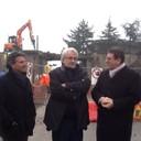 Il sindaco Muzzarelli, l'assessore Giacobazzi e il dirigente del servizio urbanizzazioni Ascari