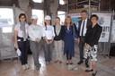 Da sinistra: le tre restauratrici, la dirigente del servizio Edilizia storica Rossella Cadignani, l'assessore Tommaso Rotella, la funzionaria della Soprintendenza Annunziata  Lanzetta e la direttrice dei Musei civici Francesca Piccinini