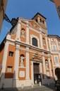 Chiesa di San Barnaba, la facciata