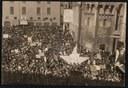 Manifestazione in Piazza Grande per le elezioni del 1948, Biblioteca Poletti - Fondo Tonini.jpg