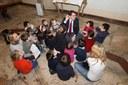 I bimbi della scuola d'infanzia Edison con il sindaco