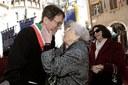 Il sindaco Gian Carlo Muzzarelli con Aude Pacchioni il 22 aprile del 2017