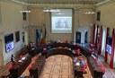 Un momento dell'intervento in Consiglio comunale del difensore civico Patrizia Roli