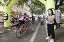 Bike riding for Parkinson's, l'arrivo dei ciclisti in piazza Matteotti