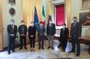 Il sindaco Muzzarelli e l'assessora Lucà Morandi con la delegazione indonesiana